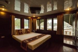 VSpirit-16-cabin-Premium-Cabin-1