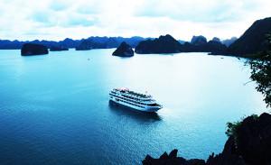 starlight cruises-halong luxury cruises